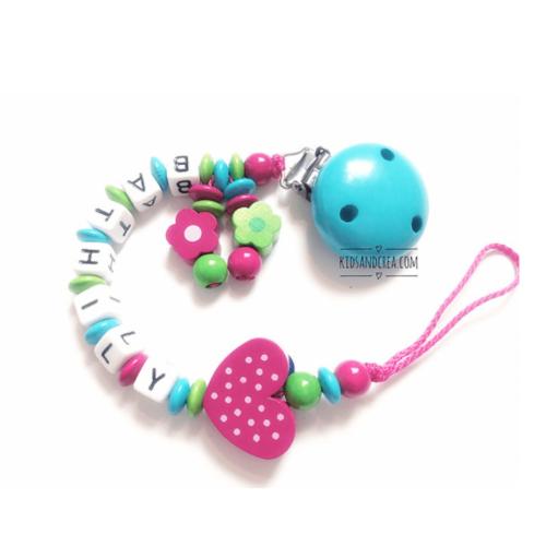attache-tetine-Fleur-vert-Bathilly-kidsandcrea